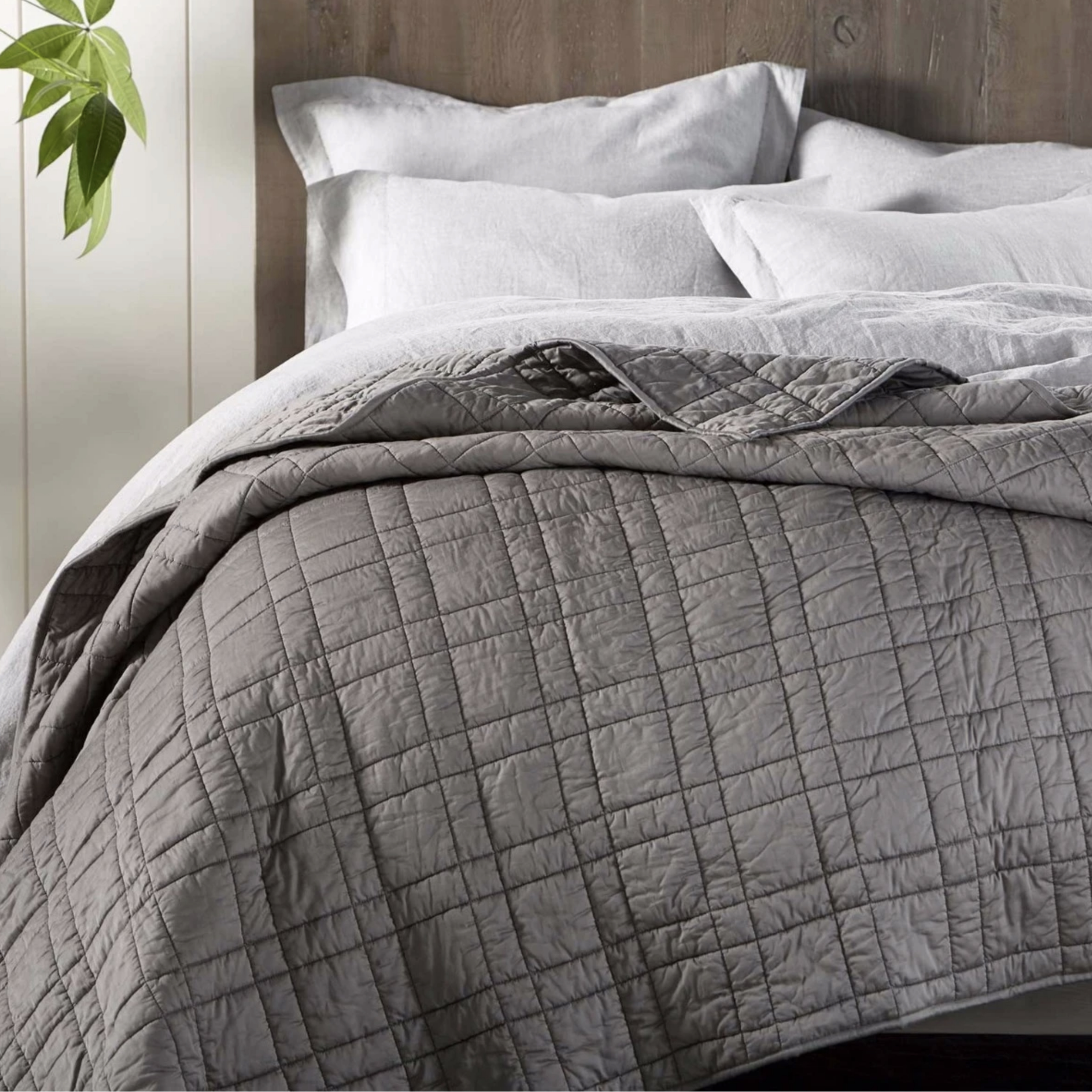 Coyuchi Double Stitch Stack On Bed